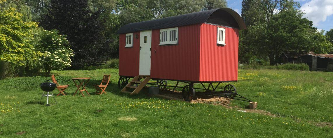 Glamping, Thyme Shepherd Hut, Boundary Farm, Framlingham